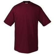 Однотонные футболки и махровые полотенца
