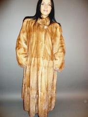 0171. Шуба манто норковая цвет орех с золотой пылью.