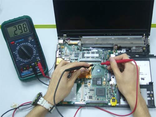 Якісне відновлення ноутбуків.