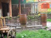 Украинский тын,  плетеный забор,  садовая мебель