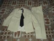 Продам мужской костюм (свадебный или выпускной)