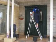 Уборка коттеджей, домов, офисных помещений в Донецке.Химчистка.