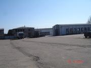 Охраняемая стоянка для грузового транспорта и спецтехники.