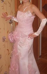 Продам вечернее платье,  подходит для свадьбы и для выпускного!