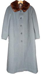 Продам новое драповое пальто с норковым воротником