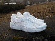 Новая модель кроссовок Nike Huarach и еще множество товаров
