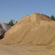 Песок с доставкой в Селидово от 20 тонн и больше